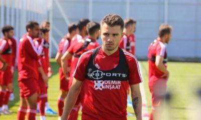 Galatasaray, Emre Kılınç'ı kaptı