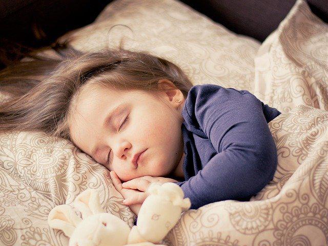 Uyurken modemi kapatın! Kısırlığa neden oluyor, sperm sayısını...