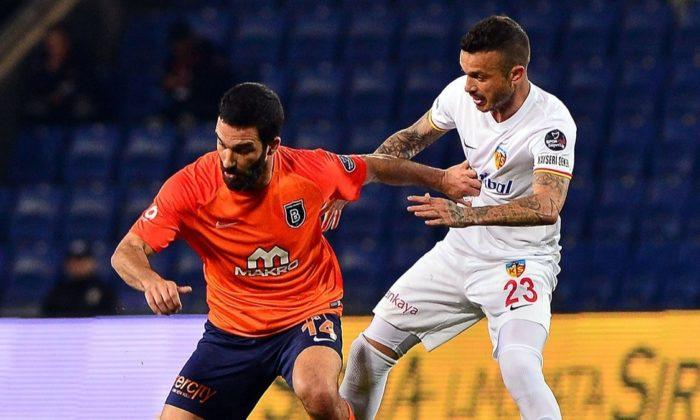 Arda Turan 9 yıl sonra Galatasaray'a geri dönüyor