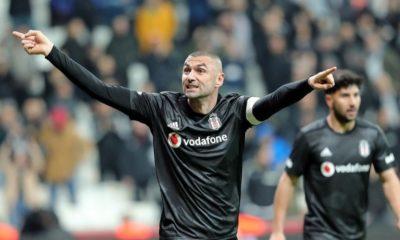 Burak Yılmaz, Sivasspor'u boş geçmiyor