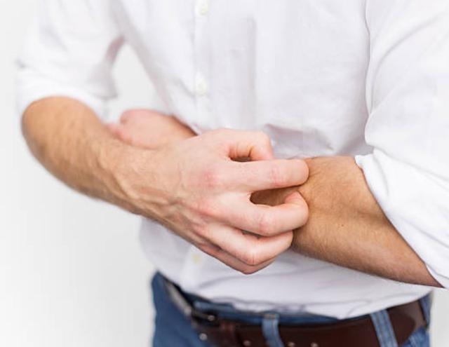 Karaciğer hasarı belirtileri nelerdir?