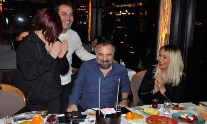 Oktay Kaynarca'ya sürpriz doğum günü yemeği
