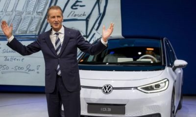VW CEO'su: 'Yolu Tesla açıyor'