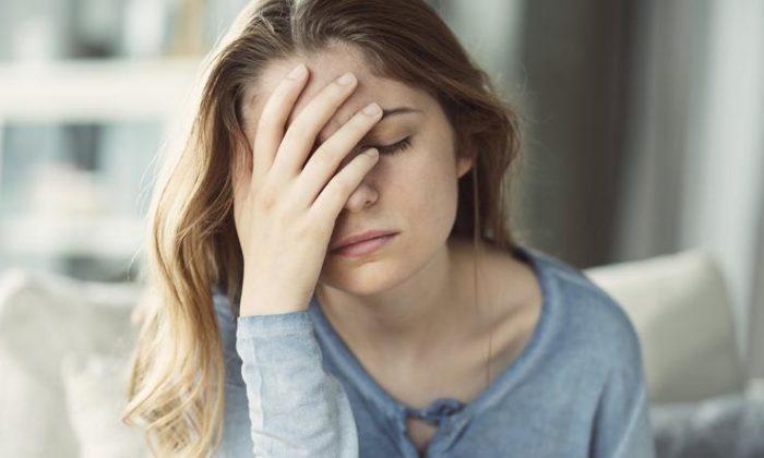 Ağrı kesicilere başvurmadan baş ağrısını hafifletmenin 7 yolu