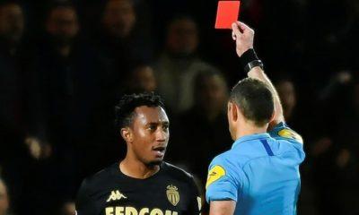 Hakemi iten futbolcunun cezası belli oldu!