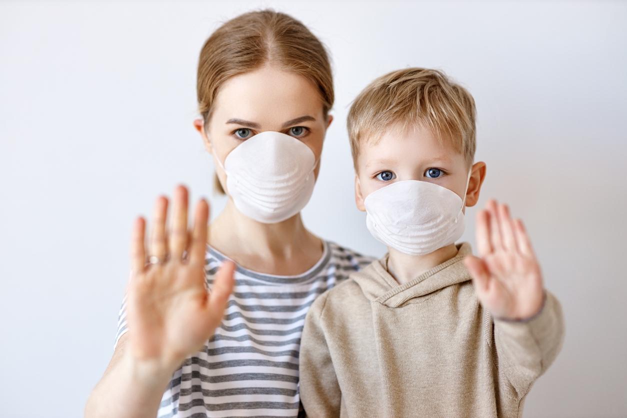 Salgın döneminde çocukların aşıları ihmal edilmemeli