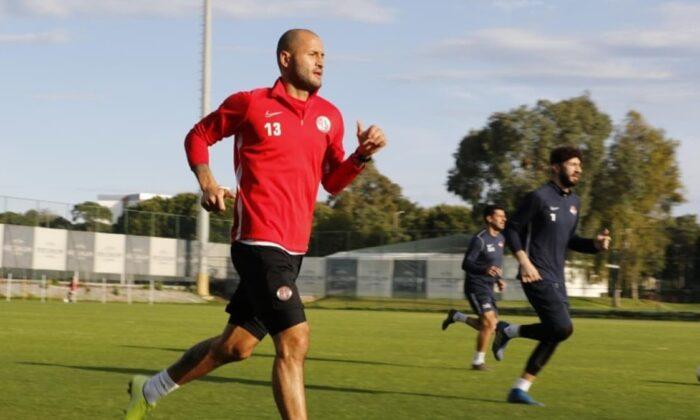 Antalyaspor antrenmanlara başladı