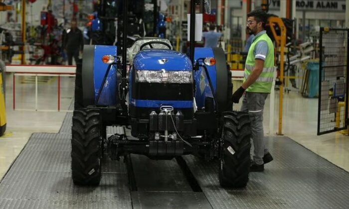 Traktör satışları 2'ye katlandı
