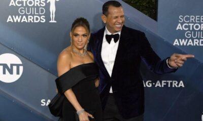 Jennifer Lopez ile nişanlısı Alex Rodriguez George Floyd protestolarına katıldı