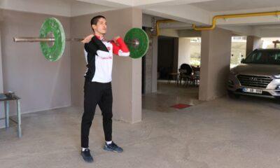 Milli atlet Doğukan Kilcioğlu garajda çalışıyor