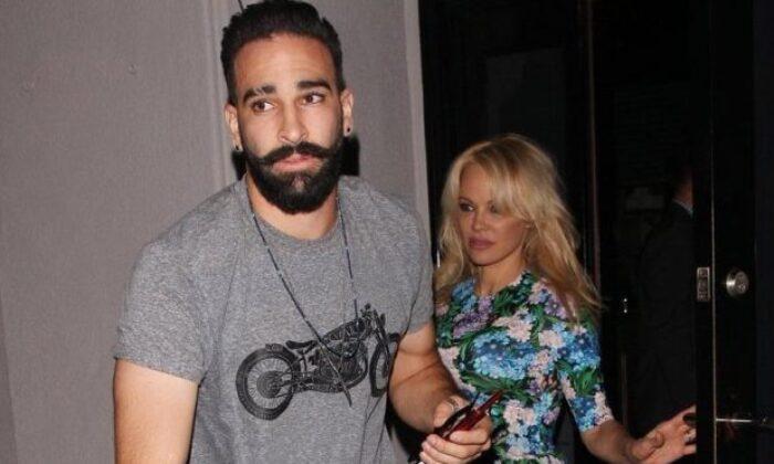 Pamela Anderson'a şiddet uygulayan Adil Rami'den bir çirkinlik daha!