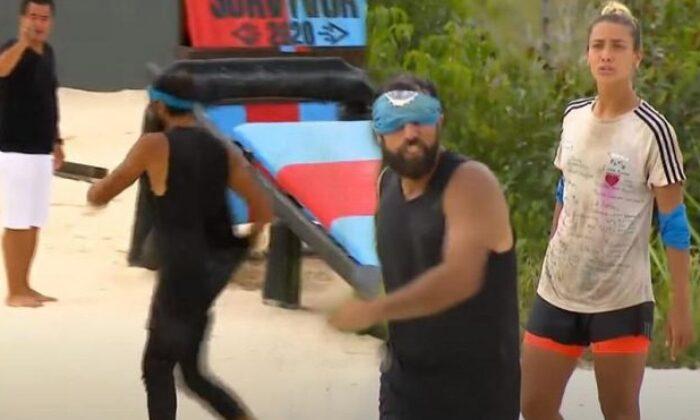 """Survivor'da Yasin'in Evrim'e bağırması Acun'u sinirlendirdi! Acun'dan Yasin'e: """"Hemen çık git!"""""""