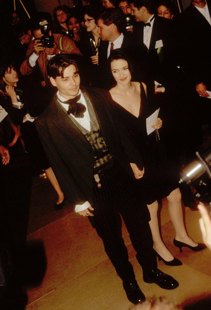 Winona Ryder ve Vanessa Paradis'ten Johnny Depp'e destek: Asla şiddet kullanmayan çok iyi bir insandır