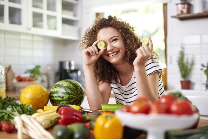 Yaz aylarında sağlıklı beslenme önerileri: Sütlü tatlı tercih...