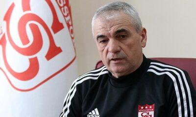 Sivasspor, Rıza Çalımbay'ın sözleşmesini 1 yıl uzattı