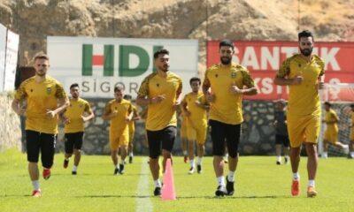 Yeni Malatyaspor'un yeni hocası Bolu kampına yetişecek