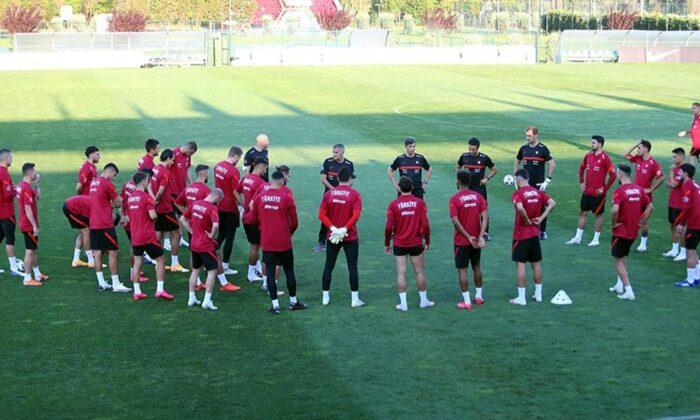 A Milli Takım, Macaristan maçı için Sivas'a gitti