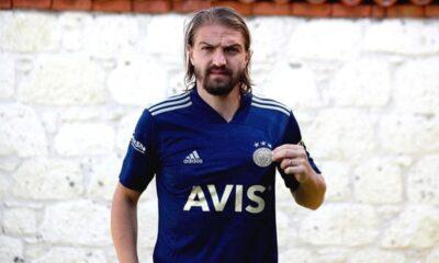 """Caner Erkin: """"İnşallah sezon sonu şampiyonluk kupasını da kazanırız"""""""