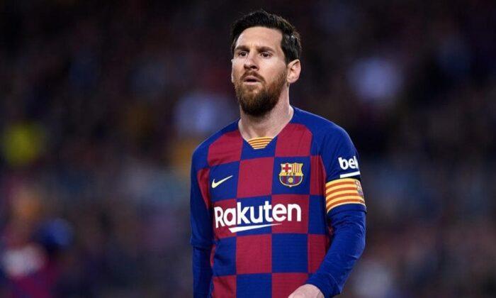 Lionel Messi Barcelona'da kalıyor