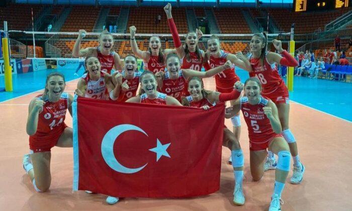 Türkiye Genç Kız Voleybol Milli Takımı Avrupa Şampiyonası'nda finalde