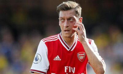 Arsenal'de Mesut Özil Avrupa Ligi listesi alınmadı!