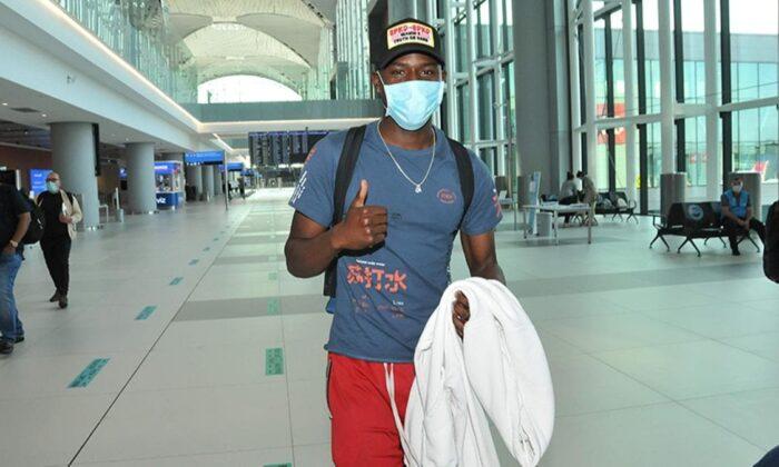 Benik Afobe resmen Trabzonspor'da