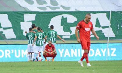 Beşiktaş'ın savunması dökülüyor
