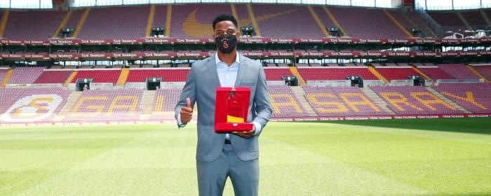 Galatasaray'da yılın sporcusu Ryan Donk seçildi