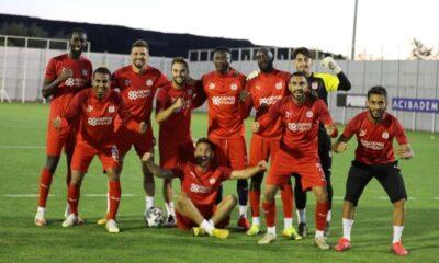 Sivasspor'da 7 imza