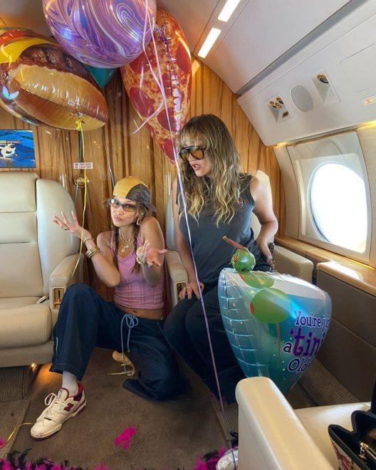 Bella Hadid'in doğum günü kutlamaları devam ediyor