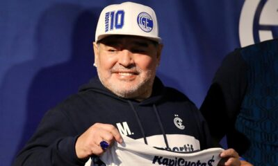 Beyin ameliyatı geçiren Maradona taburcu edildi