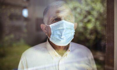 Yaşlılar corona virüsü neden daha ağır geçiriyor?