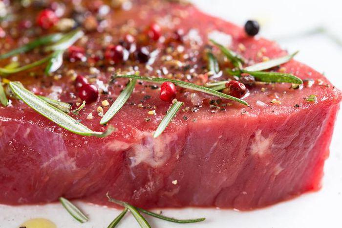 Günde 70 gramdan fazla kırmızı et tüketmek bağırsak kanserine...