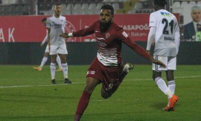 Hatay'da gol düellosu! Beşiktaş, Boupendza'yı durduramadı