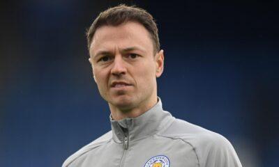 Jonny Evans, 2023 yılına kadar Leicester City'de