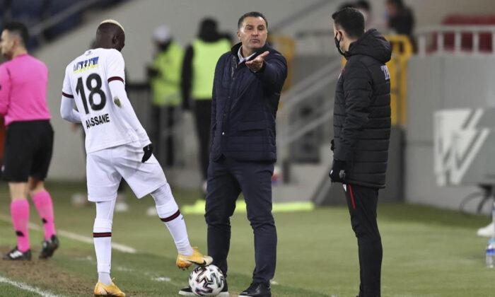 Mustafa Kaplan: Türk futbolu adına üzgünüm