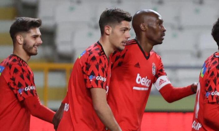 Beşiktaş'ta Montero sakatlanarak oyundan çıktı
