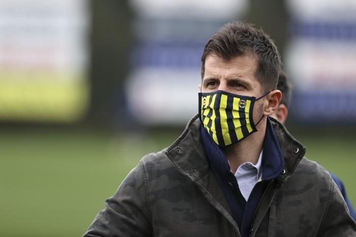 Fenerbahçe'de Emre Belözoğlu'dan çok sert açıklamalar: Sanane benim futbolcumdan!