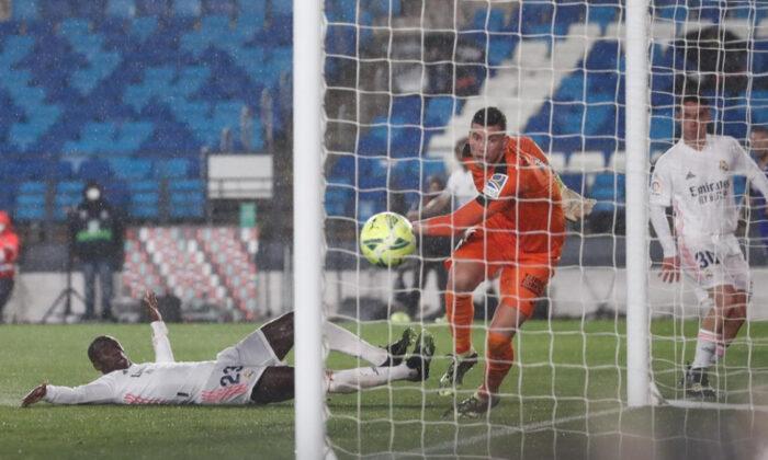 Real Madrid, Enes Ünal'ın Getafe'si karşısında zorlanmadı