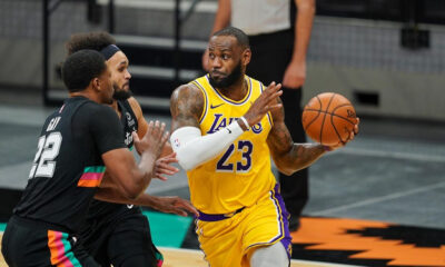 "San Antonio Spurs – Los Angeles Lakers maçında LeBron James'ten ""triple-double"""
