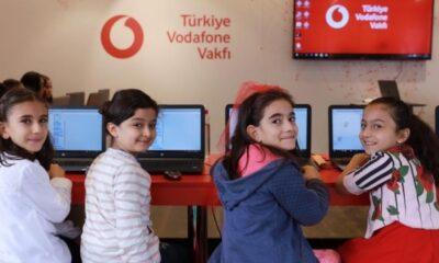 'Yarını Kodlayanlar'dan kız çocukları için kodlama eğitimi