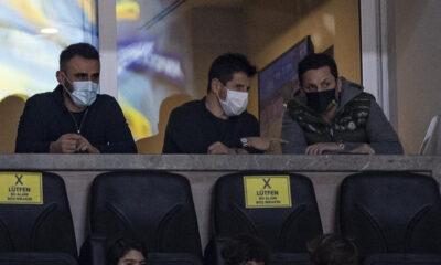 Fenerbahçe Beko-Anadolu Efes maçını Emre Belözoğlu ve Erol Bulut birlikte izledi