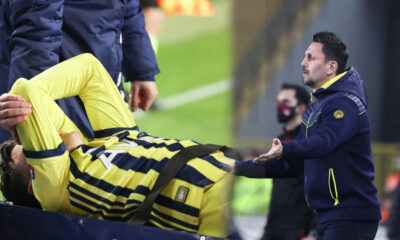 Fenerbahçe'de Erol Bulut'tan itiraf! Mesut Özil açıklaması…