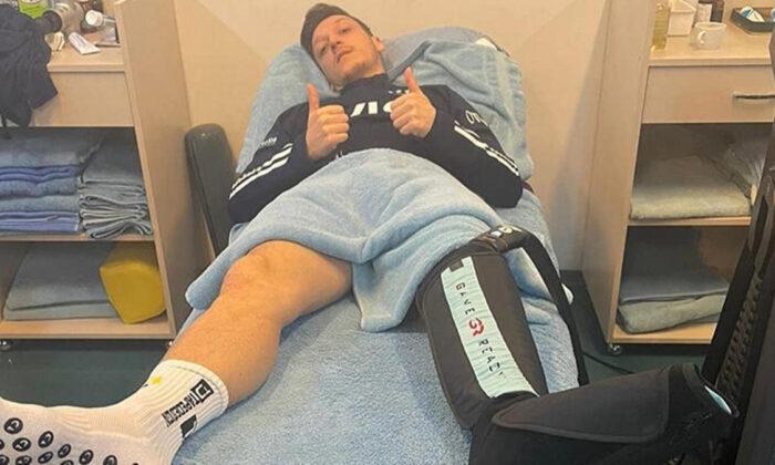 Fenerbahçe'de Mesut Özil'den sağlık durumu açıklaması