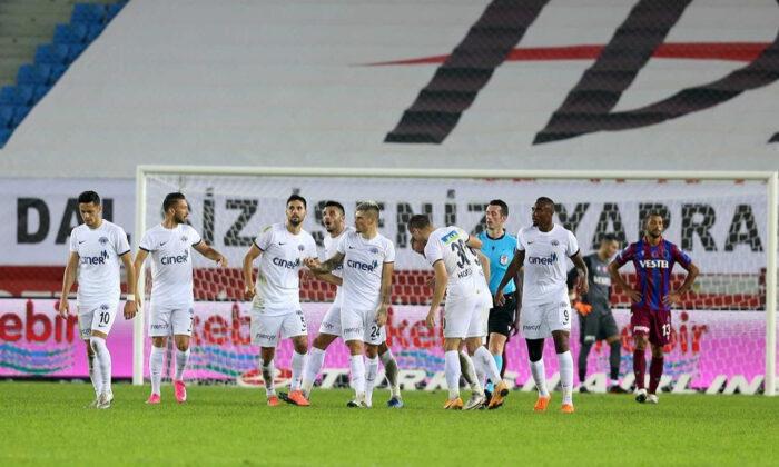 Kasımpaşa, Trabzonspor maçına 8 eksikle çıkacak
