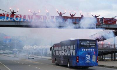 Trabzonspor'a meşaleli uğurlama