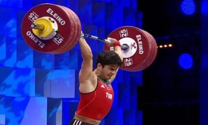 Furkan Özbek, halterde Avrupa şampiyonu oldu