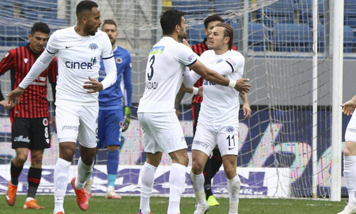 Kasımpaşa'da Beşiktaş maçı öncesi üç eksik