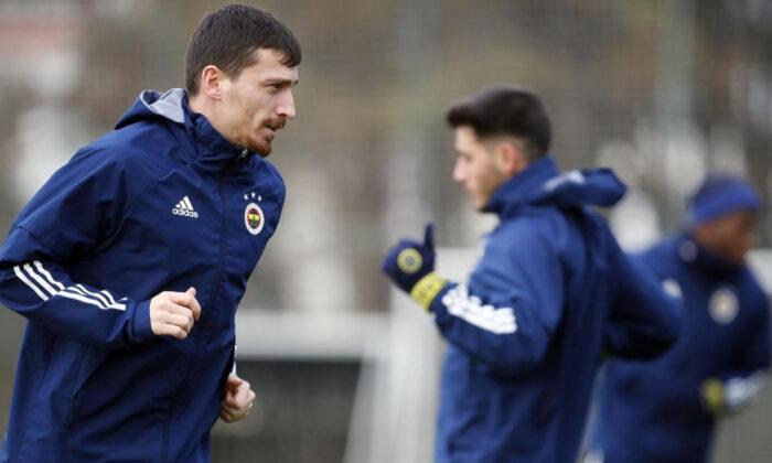Mert Hakan Yandaş, Sivasspor'daki performansını mumla arıyor!