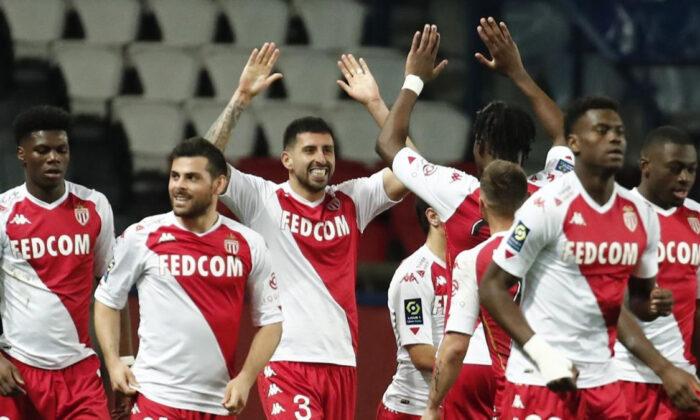 Monaco, PSG'yi deplasmanda devirdi